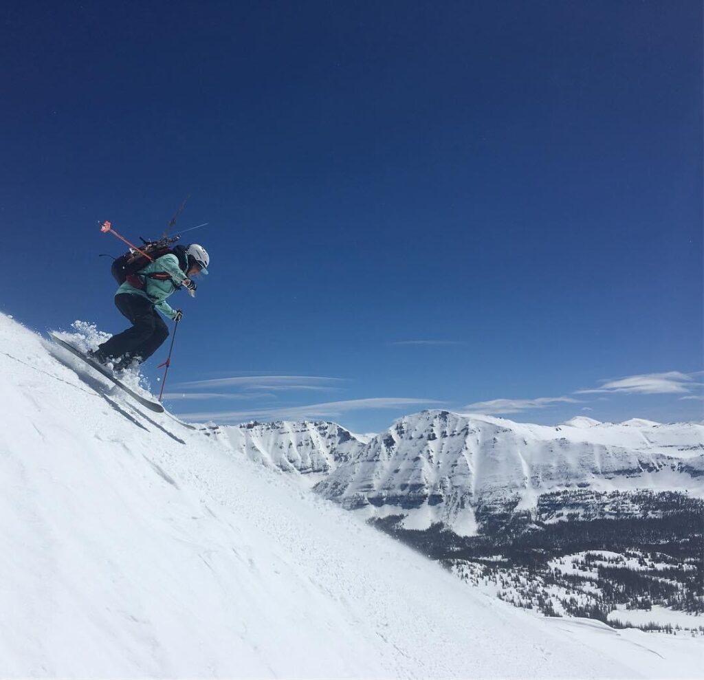 inspired_summit_adventures_shuan_skiing