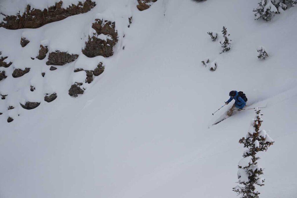 Telemark-Ski-Mountaineer-skiing