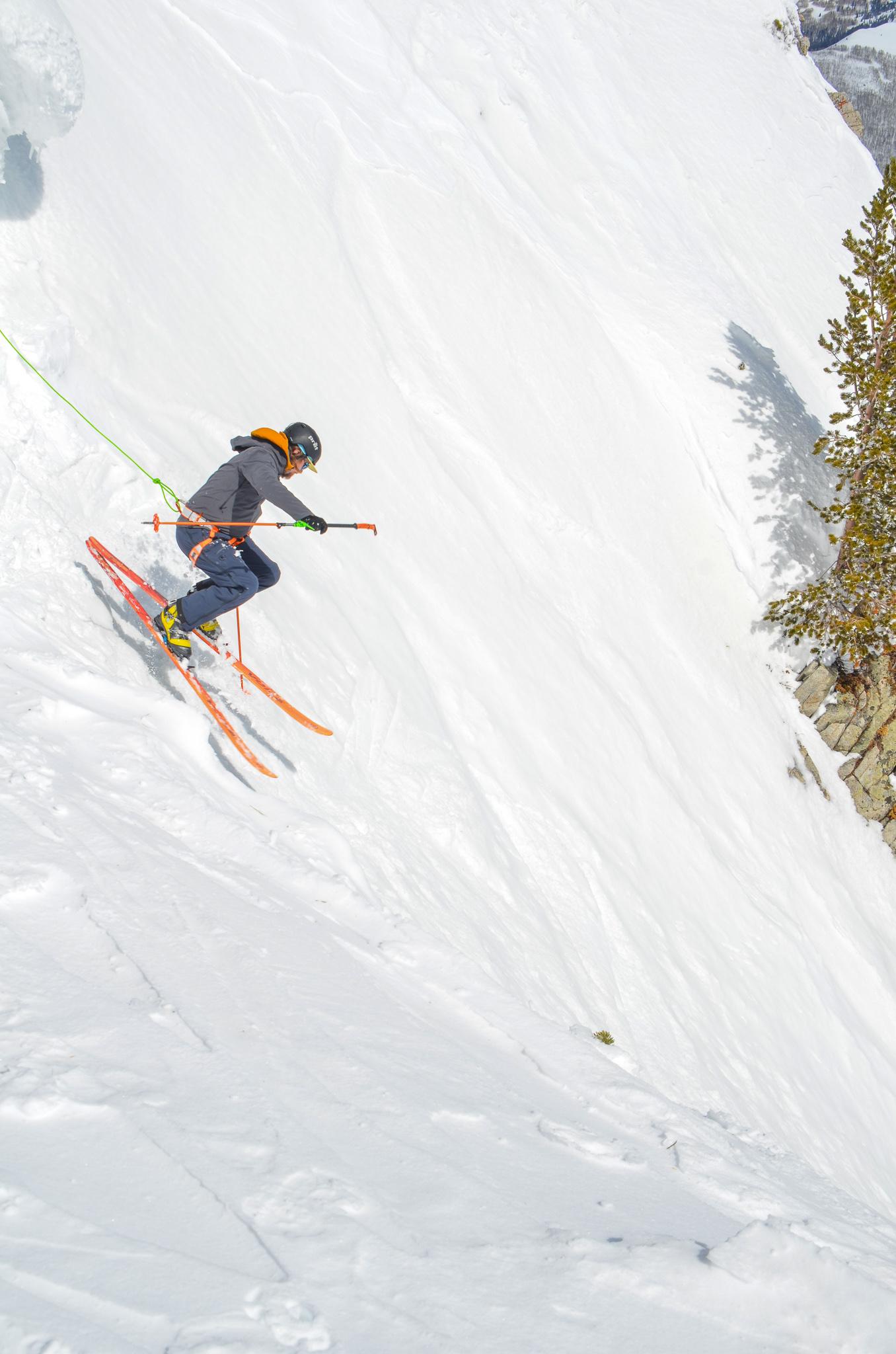 ski mountaineering belayed skiing